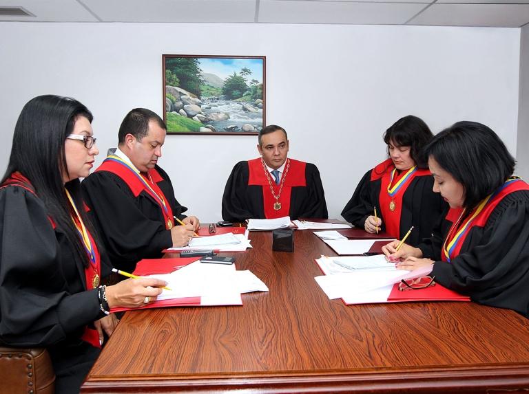 Poder Judicial criticó dos investigaciones del Ministerio Público