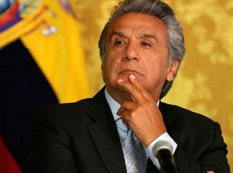 Ecuadorian president asks to leave his party
